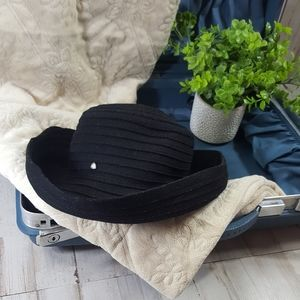 CLEARANCE Claiborne Black quilted bowler hat